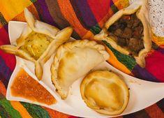 Empanadas Tapas, Catering, Empanadas, Hamburger, Ethnic Recipes, Food, Catering Business, Gastronomia, Essen