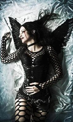#Goth girl fairy with wings