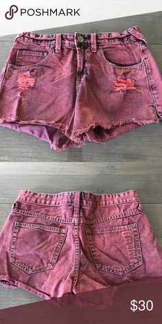 """Free People FP red denim shorts 26 27 Excellent used condition. Free People FP red denim shorts. Size 26 (runs large). Laying flat, it measures appx. 14.25"""" waist across. Free People Shorts"""