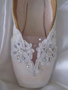 Lace and Diamantes
