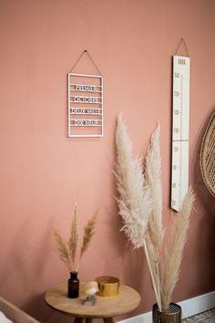 Dusty Pink Bedroom, Pink Bedroom Walls, Peach Bedroom, Room Ideas Bedroom, Bedroom Decor, Room Wall Colors, Bedroom Colors, Interior Wall Colors, Terracota