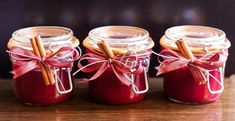 make homemade christmas cranberry jelly to sell How To Make Jam, Mason Jar Gifts, Gift Jars, Jam Jar, Homemade Christmas Gifts, Homemade Gifts, Gift Hampers, Strawberry Jam, Cranberry Sauce