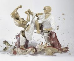 Martin Klimas  captures falling porcelain figures dropped from a height of 3 meters.