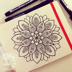 #молескин #moleskine #мандала #графика #орнамент #узор #graphic #art #edding1880 #mandala #ornament #pattern #drawing #рисунок #zentangle #зентангл #dotwork #sketchbook #sketch #paint #instagood #drawing #artwork #tattooart #tattoo | par Gromova_Ksenya