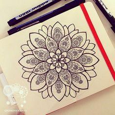 #молескин #moleskine #мандала #графика #орнамент #узор #graphic #art #edding1880 #mandala #ornament #pattern #drawing #рисунок #zentangle #зентангл #dotwork #sketchbook #sketch #paint #instagood #drawing #artwork #tattooart #tattoo | par Gromova_Ksenya