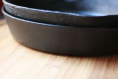 Restore a rusty ol cast iron skillet to its former cookin glory with