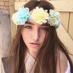 #flowerchild #myheadmistress #madeinToronto : @christinechobeauty