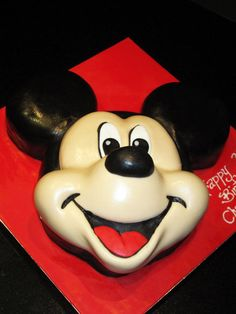 Mickey Mouse Cake--perfect grooms cake! thiss is the one two thumbs uppp!!!!!!!