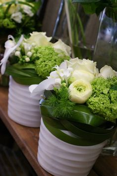 White and Green Fruit Flowers, Table Flowers, Diy Flowers, Pretty Flowers, Flower Decorations, Deco Floral, Arte Floral, Floral Design, Floral Centerpieces
