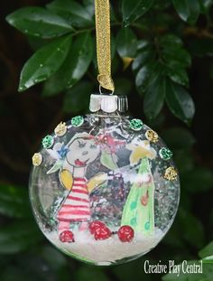 Keepsake Ornament created by Kids Handmade Art for Christmas. A treasure to last for year to come!