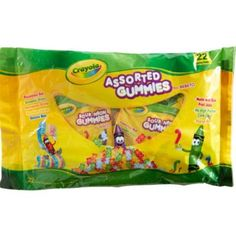 Crayola Assorted Gummies Candy Pouches come in three assorted candy types. Fill your Halloween candy bowl, a party pinata, or your kitchen candy bowl with these assorted gummies! Crayon Birthday Parties, Birthday Party Snacks, 10 Birthday, Rainbow Birthday, Candy Buffet Supplies, Halloween Candy Bowl, All Candy, Yellow Candy, Crayola
