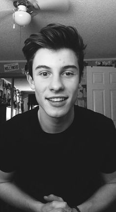 Shawn! My name is Gabby and i just wanted to say that i love u sooo much