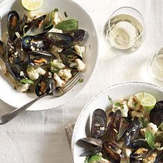 Coconut Curried Mussels with Cauliflower Recipe | Cooking Light #myplate #protein #veggies