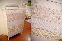 DIY. #Cómoda para la habitación del bebé con cajones forrados de tela. Ikea, Dresser, Diy, Table, Furniture, Home Decor, Diy Home, Drawers, Manualidades