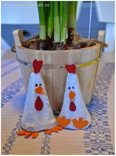 Easter Art, Easter Crafts, Crafts For Kids, Arts And Crafts, Egg Carton Art, Handmade Birthday Cards, Happy Easter, Blogg, Identity