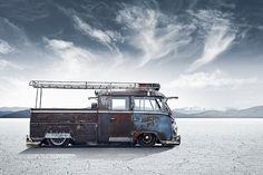 Een ongepolijste verweerde #Volkswagen #T1 uit 1961.