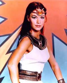 My other favorite 70s superheroine. O Mighty Isis! She was the most beautiful woman I'd ever seen. I understand that now, JoAnna Cameron is a nurse ... so she's still doing beautiful, wonderful, heroic stuff! <3
