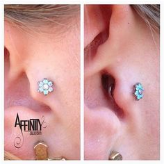 Cute #tragus #piercing with an #anatometal flower by @crystaltwoshoes #atx #affinityaustin (at Affinity Body Piercing)