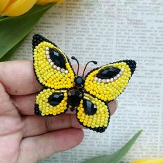 Butterfly shaped funky Brooches with yellow and black pearls and black stones. Tambour Embroidery, Bead Embroidery Jewelry, Hand Embroidery, Embroidery Designs, Beaded Jewelry, Loom Beading, Beading Patterns, Beaded Brooch, Crochet Earrings