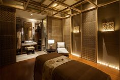 Spa Massage Room Design, Massage Room Decor, Spa Room Decor, Spa Interior Design, Spa Design, Spa Luxe, Japanese Spa, Spa Treatment Room, Spa Lighting