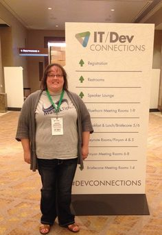 Sarah Sickinger at the IT/Dev connections conference wearing her MSSQLTips.com t-shirt.