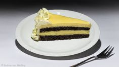 Mohntorte mit Eierlikörcreme Gudrun, Cheesecake, Desserts, Food, Cakes, Pies, Poppy Seed Cake, Cooking Recipes, Food And Drinks