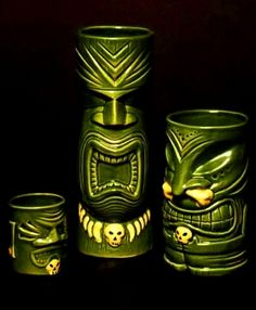 Cool Tiki mugs! Tiki Bar, Tiki Mugs, Tiki Decor, Vintage Tiki! Vintage Tiki, Vintage Hawaii, Tiki Hut, Tiki Tiki, Tiki Glasses, Tiki Hawaii, Bamboo Bar, Tiki Decor, Tiki Lounge