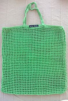 Market Bag Green; http://whitesheepblog.wordpress.com/shop/crochet-bag/