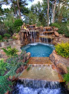 Insanely Cool Lazy River Pool Ideas in Home Backyard Backyard Pool Landscaping, Backyard Pool Designs, Small Backyard Pools, Swimming Pools Backyard, Swimming Pool Designs, Lap Pools, Indoor Pools, Small Pools, Pool Decks