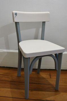 Rénovation d'une chaise bistro enfant : à vendre
