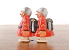 Fun Hap and Hop ramp walker soldiers from Marx Toys, c.1950s. Put them on an incline and they waddle downhill.