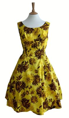 vintage clothing - Bing Images  Love the yellow!!!