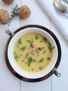 If you have actually made some homemade turkey broth and have a little turkey remaining, you can make it into a delicious soup. There is practically no incorrect or right method to make turkey soup, so check your kitchen and let the creative ideas fly. Turkey Broth, Turkey Soup, Lunch Restaurants, Cheesy Potato Soup, Frozen Corn, Healthy Soup Recipes, Healthy Food, Homemade Soup, Cheeseburger Chowder