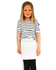 Oppskrift på ThildaskjørtKommer i størrelsene: 2-4, 5-7, 8-10 og 12-14 år.Strikket i Drops Cotton MerinoStrikkefasthet: 24 masker per 10 cm Pinner:… Lace Skirt, Girl Outfits, Skirts, Shopping, Clothes, Fashion, Baby Clothes Girl, Outfit, Clothing