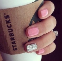 Pink & glitter (: plus Starbucks! <3