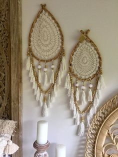 Huge Cane & Crochet Dream Catcher Large Measures Cane x Length Please note:- These items are all individually handmade so measurements may vary slightly between each dream catcher! Dream Catcher Bedroom, Dream Catcher Mobile, Dream Catcher Boho, Dream Catchers, Los Dreamcatchers, Boho Dreamcatcher, Crafty Hobbies, Shell Candles, Doilies Crafts