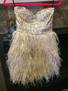 NWT BEBE ISIS Sequin Feather Dress Cocktail Skirt Dove Grey XS 0 2