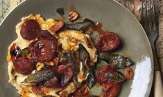 Salty, spicy, smoky and fatty: chorizo adds oomph to any dish. Yotam Ottolenghi's butterbean puree with sage and chorizo Chorizo Recipes, Chickpea Recipes, Spinach Recipes, Healthy Recipes, Sage Recipes, Bean Recipes, Ottolenghi Recipes, Yotam Ottolenghi, Otto Lenghi
