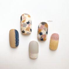 Autumn leaves🍁 Hand painted original nail designs 💅 ・ *Gel @pregelofficial (B29.L5.7.10.18.s885.muse96) ・ ◯@ikue.nail… Autumn Nails, Gel Nails, Nail Nail, Manicure, Gel Nail Designs, Holiday Nails, Nail Tech, Cute Nails, Autumn Leaves