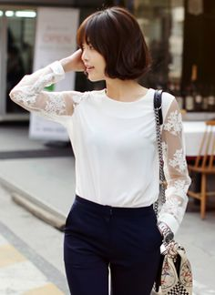 Love those lace sleeves