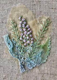 Machine Embroidery Thread, Wool Embroidery, Embroidery Hoop Art, Embroidery Stitches, Embroidery Patterns, Applique Quilt Patterns, Applique Ideas, Textile Fiber Art, Textile Artists
