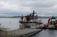 Järvipelastajien pisteellä lapset pääsivät tutustumaan aluksiin ja kumivenemoottoriajelulle.