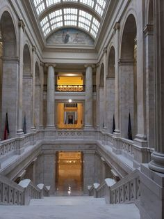 Interior of the Capitol Building ~ Little Rock, Arkansas: Photo by hannibal1107, via Flickr.