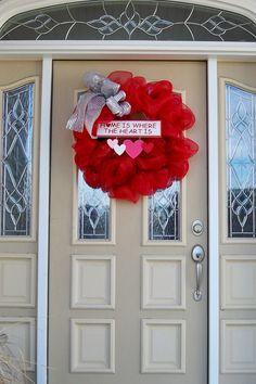 Decomesh Valentine's day wreath