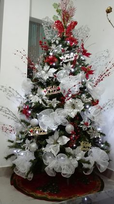155 rustic christmas decorating ideas - page 1 ~ Modern House Design Christmas Time Is Here, All Things Christmas, Christmas Holidays, Xmas, Christmas Ideas, Christmas Mantels, Rustic Christmas, Christmas Wreaths, Christmas Decorations