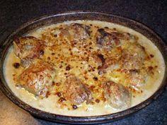 La meilleure recette de Poulet Gaston Gérard! L'essayer, c'est l'adopter! 4.9/5 (50 votes), 90 Commentaires. Ingrédients: Un poulet fermier de 1,8 Kg coupé en morceaux 5 cl d'huile,100gr de beurre 2 oignons 1 échalote 30 cl de vin blanc sec 40 cl de créme fraiche 200 gr de comté rapé 80 gr de moutarde de dijon Sel et poivre