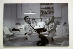 (head L→R) Genichiro Inokuma, Yoshio Taniguchi, Isamu Kenmochi, Isamu Noguchi, Yūsaku Kamemura - at Kenzō Tange's residence circa 1969