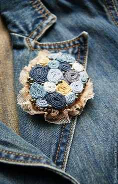 This Article For Yourself If You Value fabric scraps Denim Flowers, Cloth Flowers, Lace Flowers, Fabric Flowers, Textile Jewelry, Fabric Jewelry, Jewelry Art, Brooches Handmade, Handmade Flowers