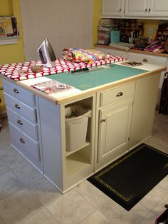 Craft room island makeover is complete! by c. jaeger, via Flickr (***I like the rubbish-bin / trash-can under the table on the little shelf!***)