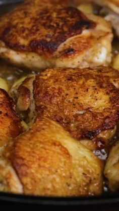 Take chicken thighs to the next level with thyme wine and lots of garlicky goodness. The post 40 Clove Garlic Chicken appeared first on Tasty Recipes. One Dish Meals Tasty Recipes 40 Clove Garlic Chicken, Oven Baked Chicken Parmesan, Garlic Chicken Recipes, Chicken With Bone Recipes, Crockpot Whole Chicken Recipes, Best Chicken Thigh Recipe, Dutch Oven Chicken, Chicken Thights Recipes, Hen Chicken